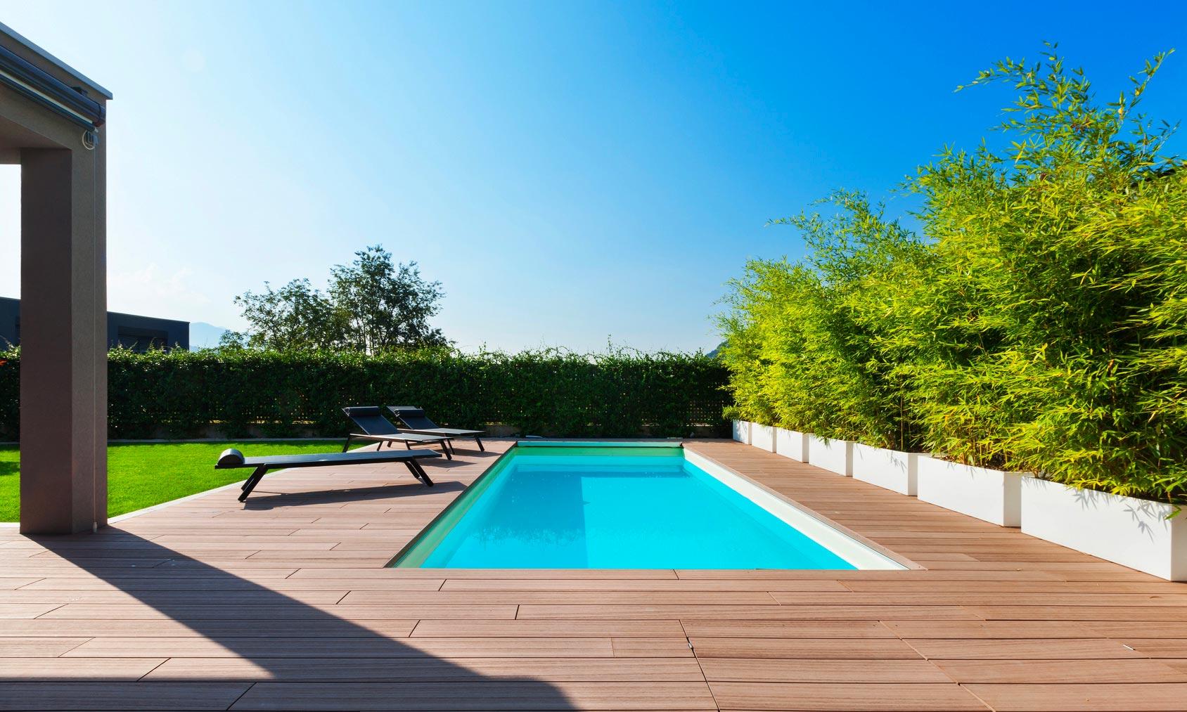 Couloir de nage sur mesure haut de gamme piscines design for Piscine design 2017